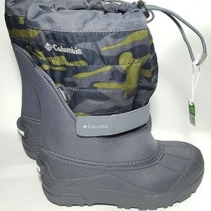 Youth Size 2 Waterproof Insulated Snow Boots NEW